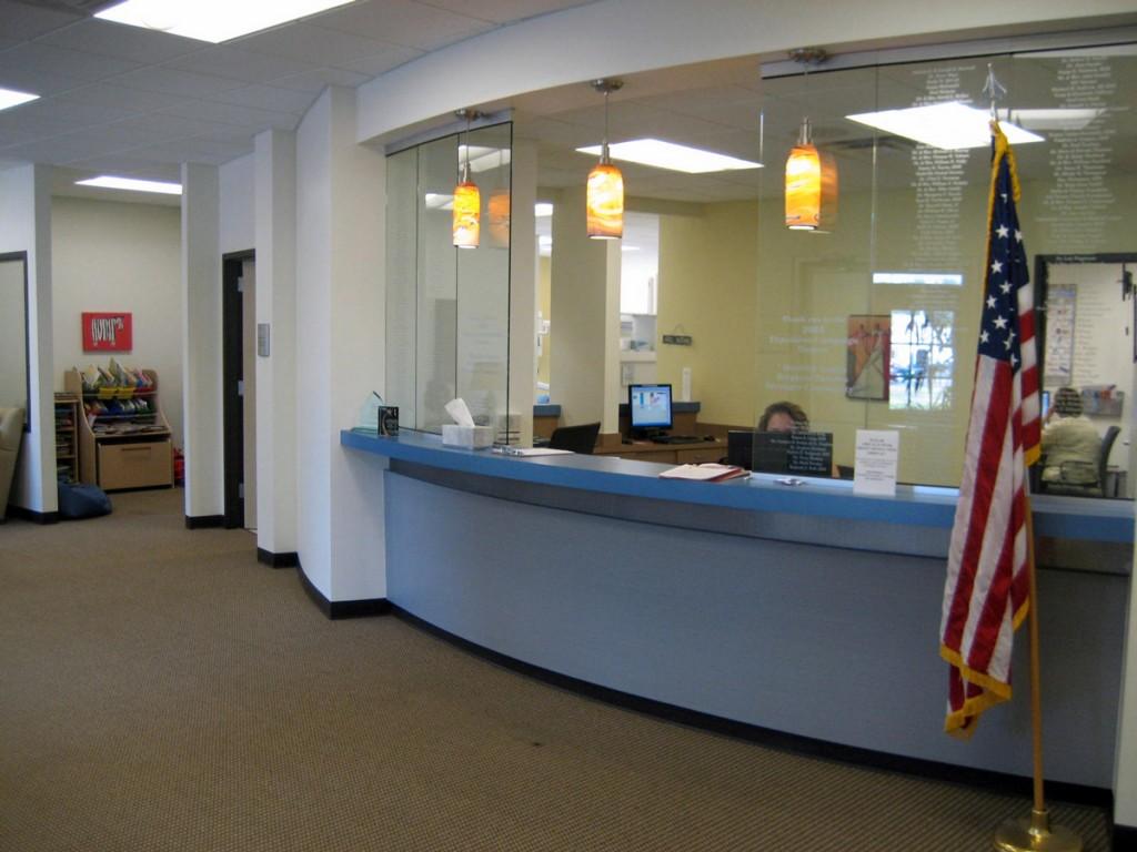 Nashville Front Desk